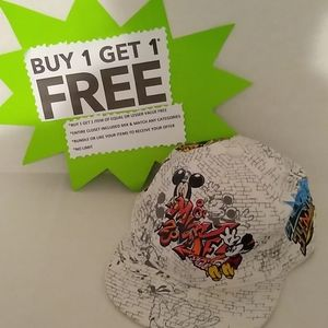 Disney Mickey Mouse Hat Adult Suze